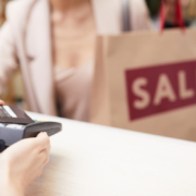 Materiais de merchandising: confira os melhores materiais para bombar sua estratégia